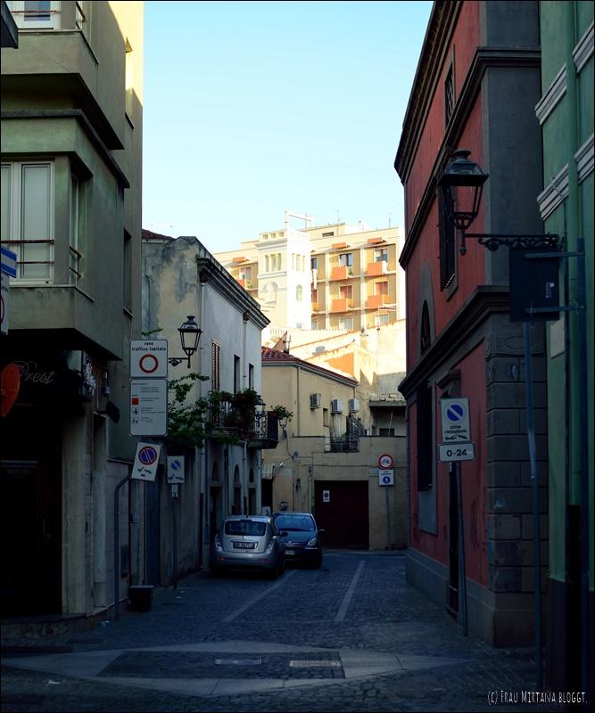 Gasse Oristano Sardinien